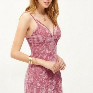 🦋LAST ONE🦋Crushed Velvet Dress